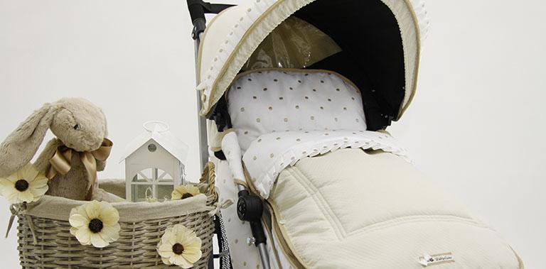 BabyLuna diseña y confecciona fundas para carritos y sillas de paseo de bebés de la marca Maclaren