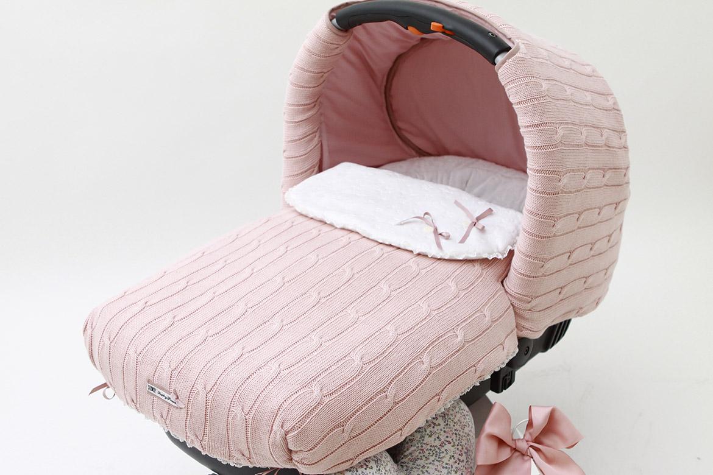 Fundas y Capotas personalizadas para sillas y carros de bebé confeccionadas a mano por BabyLuna a tu gusto, vestimos coches de cualquier marca: Arrue, Inglesina, Jané, BabyAce, UppaBaby, BabyAce,...