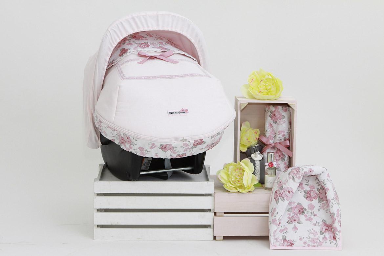 Fundas, capotas, sacos y colchonetas para portabebés o maxicosi, bebes de 0 meses hasta 18 meses diseñados por BabyLuna